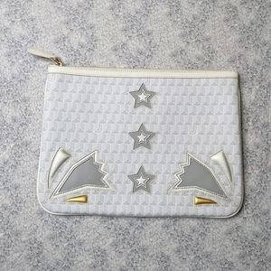 NWOT 4US Cesare Paciotti large white star clutch